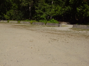 This Camp ground has only one dirt parking lot, so be careful of the rough terrain.